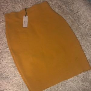 Dresses & Skirts - High Waisted Mustard Yellow Body Con Pencil Skirt